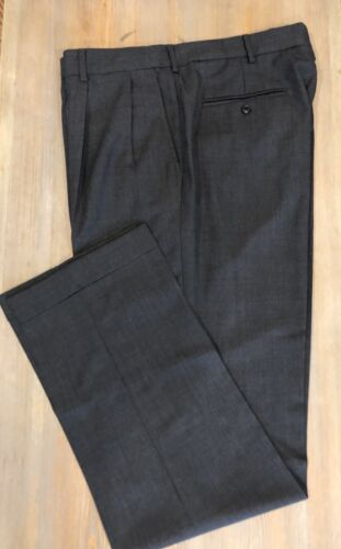 NWOT Lands End Men/'s Traditional Fit Pleated Charcoal 100/% WOOL Pants 38x36