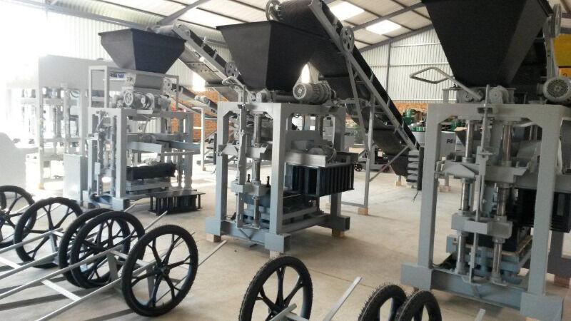 New Revaro Economical Brick & Block Making Machine
