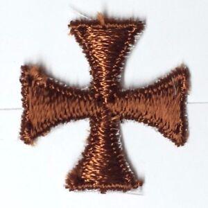 Cuadrado-Maltes-Cruz-Bordado-1-034-para-Coser-Marron-un-Emblema-Parche-12-Piezas