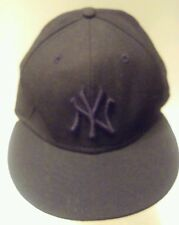 New York  Yankees All Black Fitted New Era 59Fifty Hat Cap Size 7 12