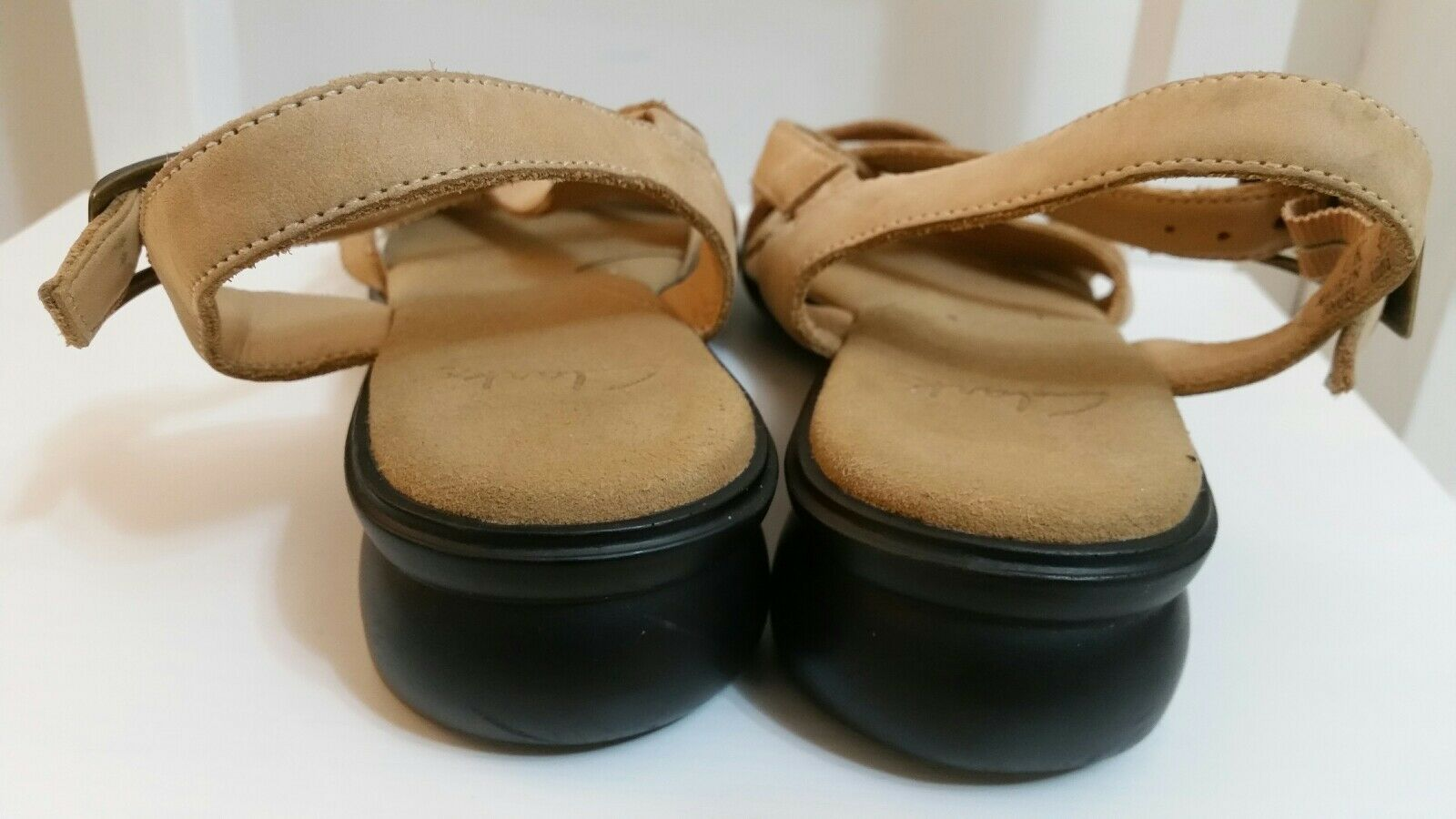 d9d9e3e79c9 clarks womens brown faux leather sandals size 4.5 37.5 mid heel strappy  shoes