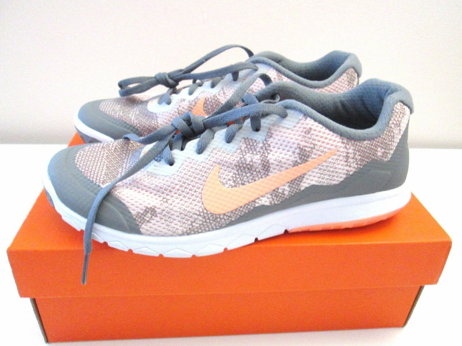NIKE Womens Flex RN 4 Prem athletic sneakers gray/pink 749177 001 7 (6.5) NEW!