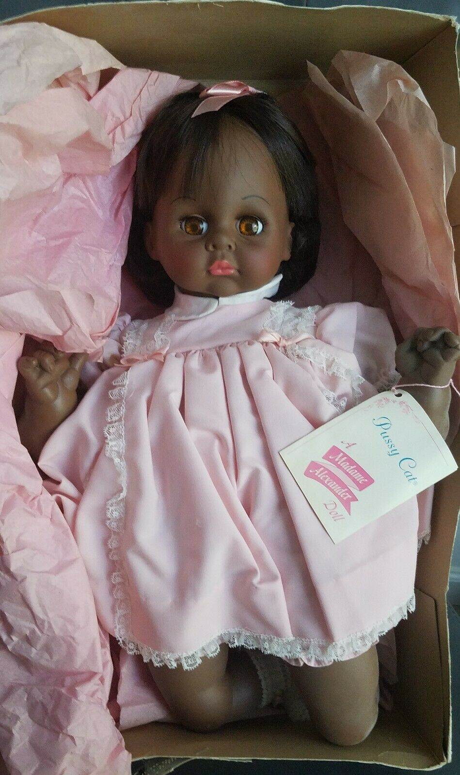 Jahr 1977 Madame Alexander Baby Doll 17  Pussy Cat - African American Doll