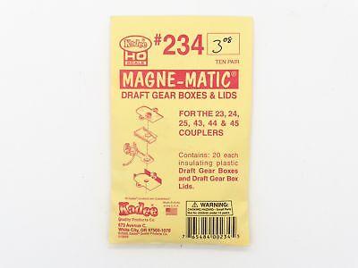 10 Pair in pkg Kadee HO #234 Plastic Draft Gear Boxes /& Lids