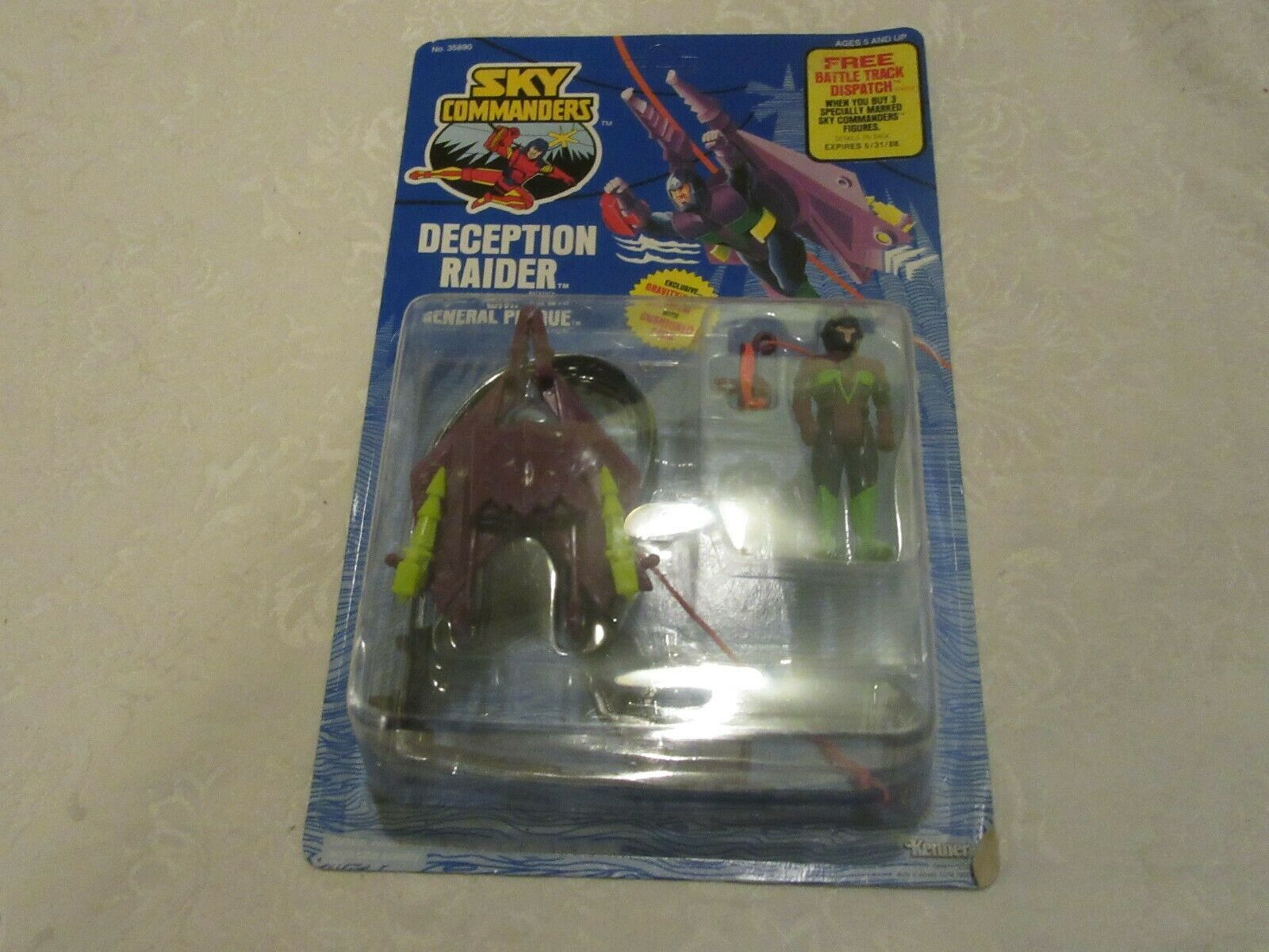 Kenner Sky Commander Deception Raider med General Plague 1987 Action Figur