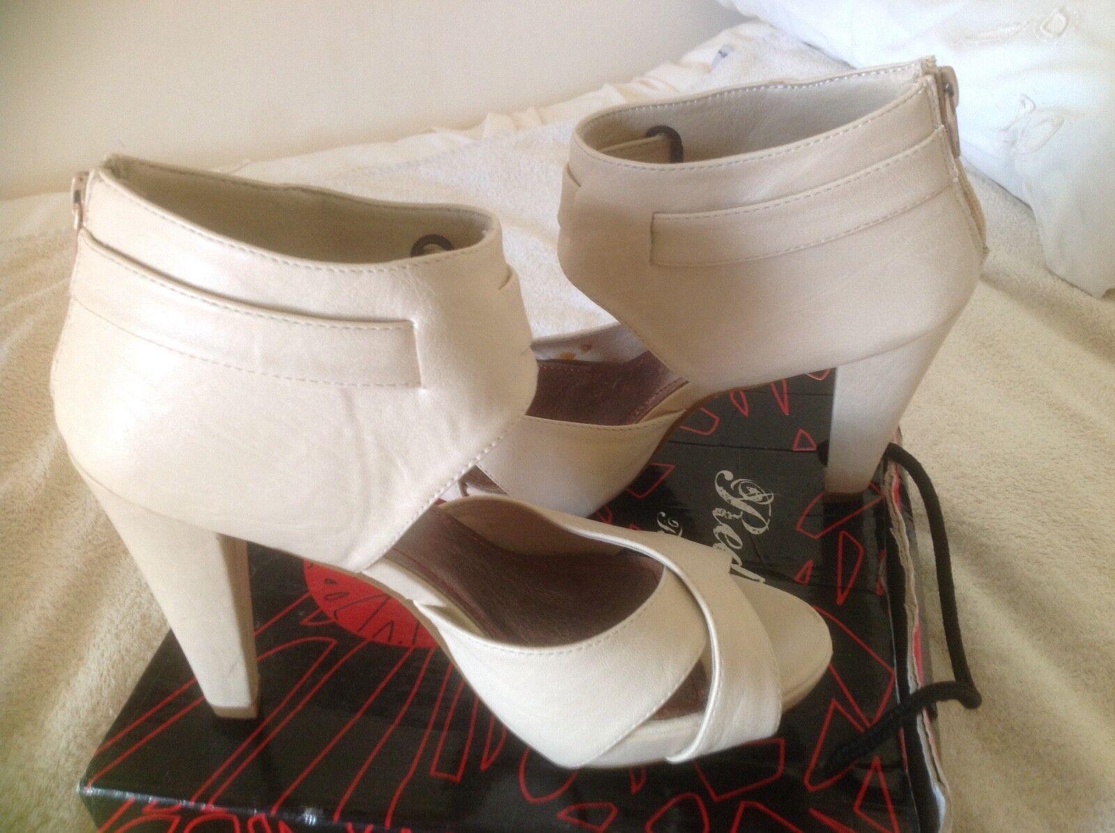 Belvia Body confortevole addome vita e inferiore Shapewear NUOVO IN SCATOLA