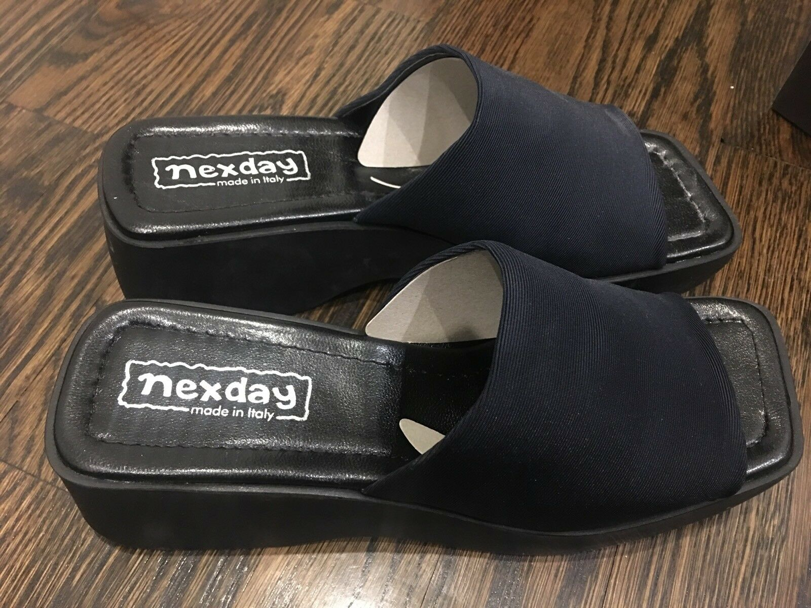 New In Box NEXDAY Womens shoes made in    Wedge Heel Slides size 8 Navy bluee 22c9ec