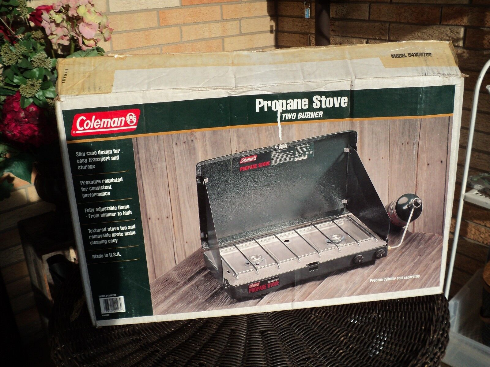 NEW Coleman Classic Propane Stove Outdoor Camping Two Burner Stove