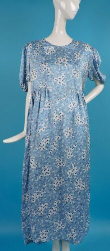 LARGE SIZE 1940'S FLORAL RAYON DRESS - ALTERED AND