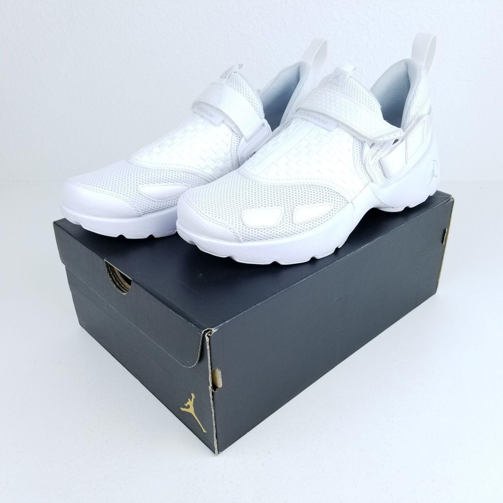Nike Air Jordan Trunner LX Triple White Pure Platinum  140 MSRP 897992 100 Sz