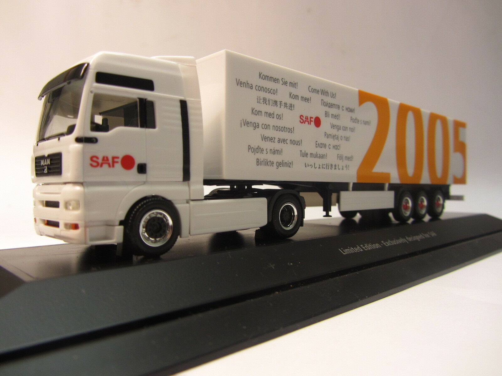 Herpa MAN semitrailer tractor with kofferauflieger-Special Edition SAF for IAA 2005