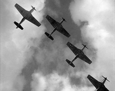 Luftfahrt & Zeppelin Fine Wwii P-51 Mustangs Fliegen In Formation 11x14 Silber Halogen Fotodruck