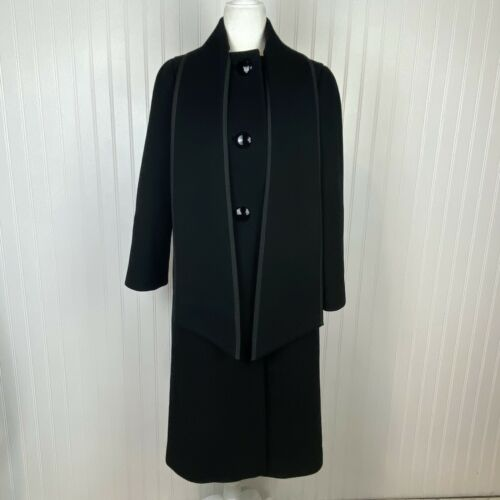 Vintage A Pauline Trigere Coat Heavyweight 100% Pu