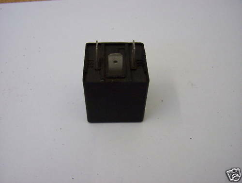 Indicator relay VW Beetle And Type 2 1971 on 3 pin