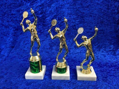 Joueur de tennis trophy award after school club tournoi match gravure gratuite
