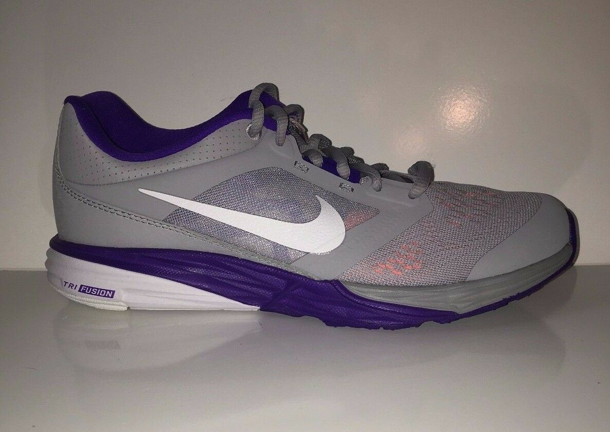 NEW Nike Tri Fusion Baskets Run femmes Running Gray Violet Baskets Fusion Chaussures be38fd