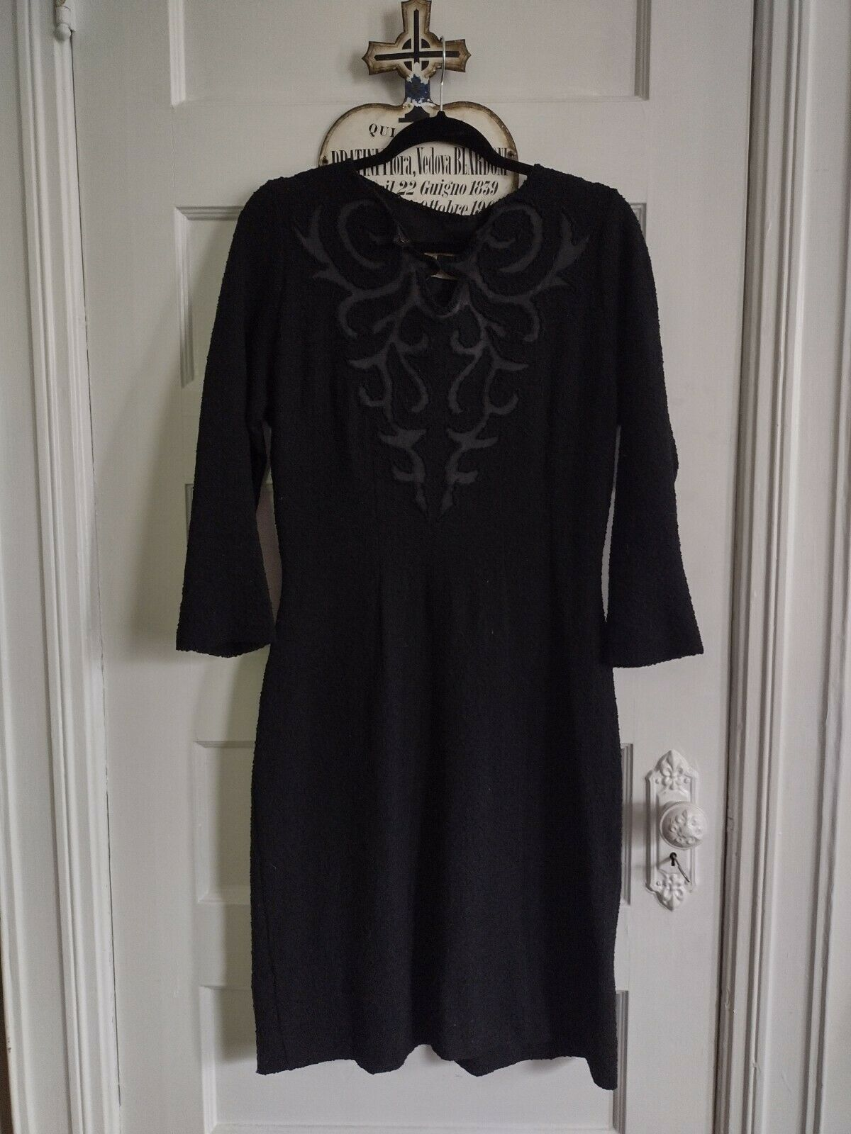 1940s Black Knit Dress With Satin Detail In Volup… - image 2
