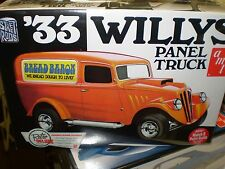 AMT 879 33' 1933 WILLYS PANEL TRUCK 1/25 SCALE  PLASTIC MODEL KIT NEW NIB