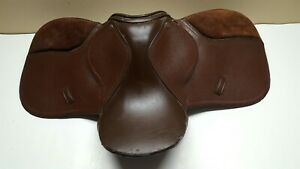 Small-Suede-amp-Leather-Horse-Saddle-w-Straps-amp-Links-Excellent-Condition