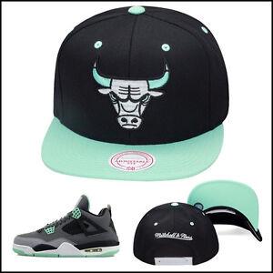 Mitchell-amp-Ness-Chicago-Bulls-Snapback-Hat-For-Jordan-4-6-grey-GREEN-GLOW-BLACK