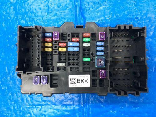2014-2018 CHEVROLET SILVERADO GMC SIERRA DASH FUSE BOX RIGHT SIDE # 23443946
