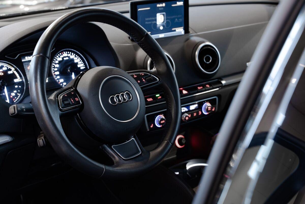 Audi A3 e-tron Ambiente SB S-tr.