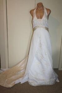 Davids-Bridal-Champange-Beaded-Lace-Halter-Wedding-Dress-Size-16-and-Petticoat