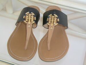 Tommy-Hilfiger-039-Sia-039-Womens-Sandals-Black-amp-Tan-w-Gold-Logo-size-10-M
