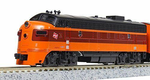 Kato N Scale 17711-3 Diesel Locomotive EMD FP7A Milwaukee Road  95C HTR