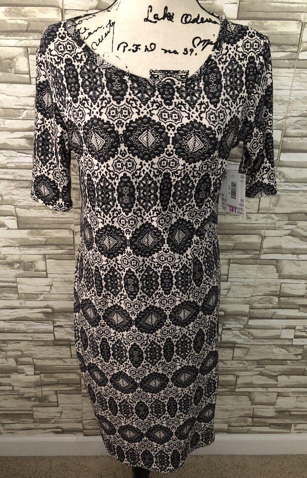 Lularoe Julia Dress NEW NWT Medium M MirrGoldt New 2019 Print Very Soft