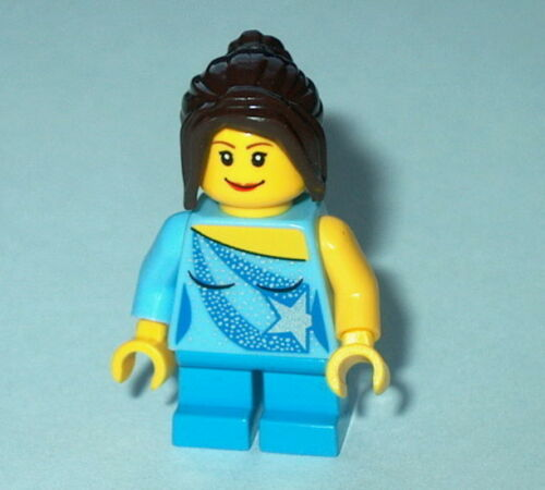 H Minifigure New Lego Town Young Girl Blue Outfit w//Star on Blouse AS SHOWN
