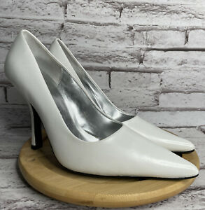 CL By Laundry Heels Spicy Size 8 Womens Pumps Solid White Leather Pointed Toe