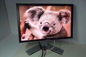 """Dell 2208WFP UltraSharp 22"""" LCD Monitor w/4-Port USB Hub 2208WFPt DVI VGA R289D"""