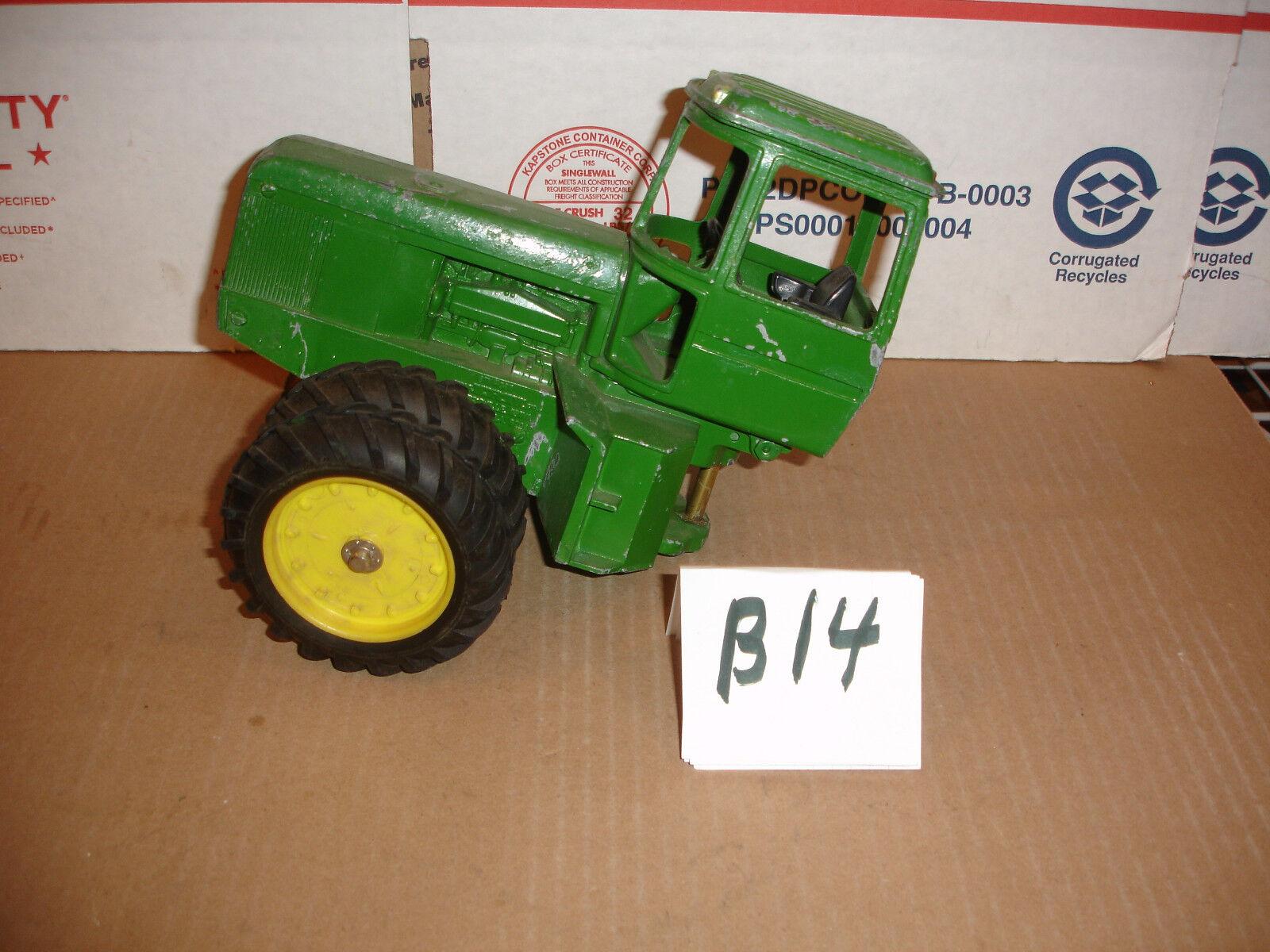1 16 john deere 8640  toy tractor parts