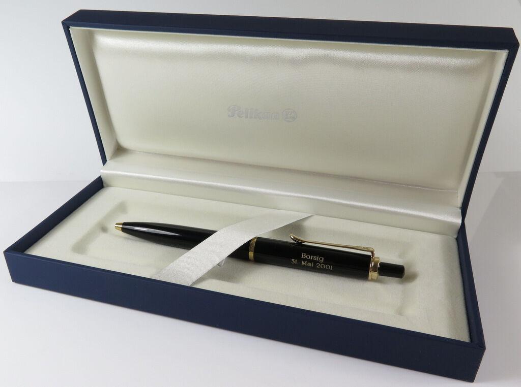 Pelikan K400 schwarz Kugelschreiber mit Fremdgravur, unbenutzt mit Box   Angemessener Preis