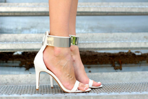 ZARA WITH WHITE HIGH HEEL SANDALS WITH ZARA A METALLIC ANKLE STRAP SIZE 37 39 40 67250f