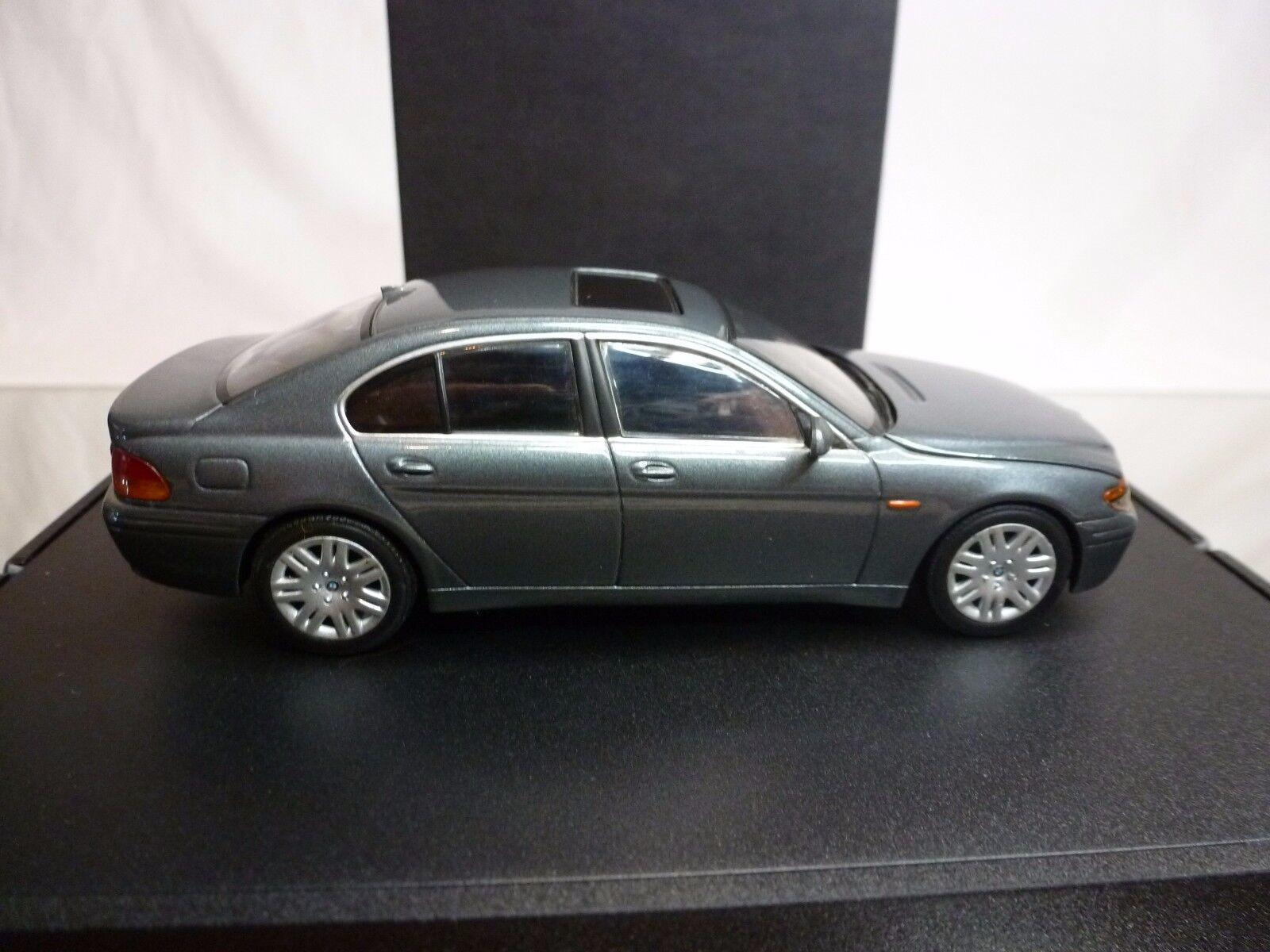 MINICHAMPS BMW 7 SERIES -  GREY METALLIC METALLIC METALLIC 1 43 - GOOD IN DEALER BOX 0f239d