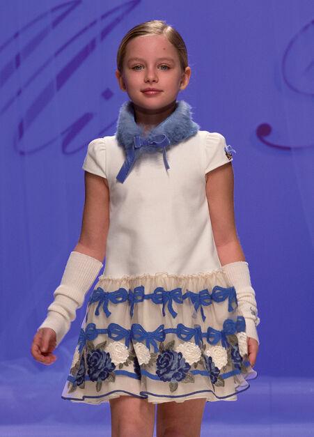 MISS BLUMARINE Luxus Kleid mit Tüllrock*Cremeweiß-Blau* Gr.116 122 NEU