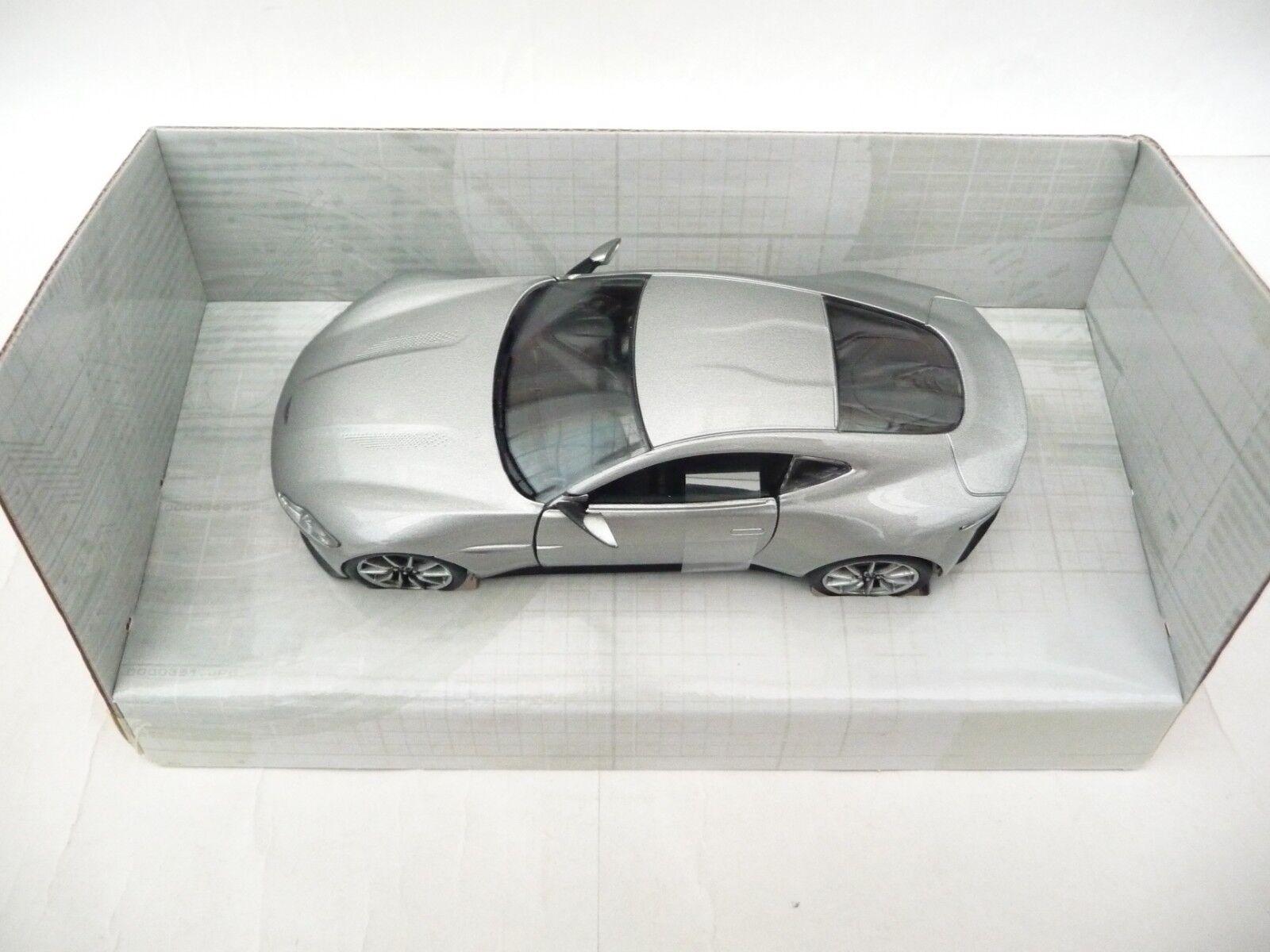 CORGI 1 36 Aston Martin DB10 Argent Spectre JAMES BOND 007 CC08001