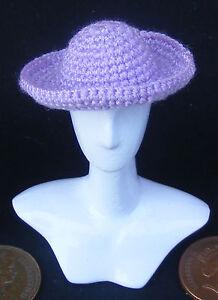 1:12 Scale Ladies Mauve Crochet Hat Dolls House Miniature Clothing Accessory T6