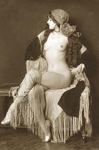 lesbienne vintage escort girl moulins