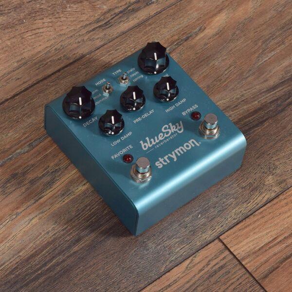 strymon bluesky blue sky reverb machine guitar effect pedal from japan for sale online ebay. Black Bedroom Furniture Sets. Home Design Ideas