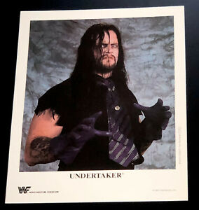WWE-UNDERTAKER-P-250-OFFICIAL-LICENSED-AUTHENTIC-8X10-PROMO-PHOTO-VERY-RARE