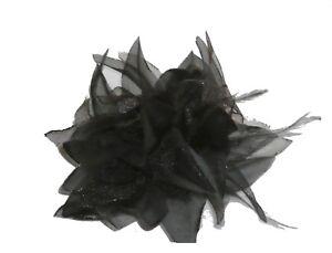 Fleur-en-tissus-noire-N-8-accessoire-de-mariage