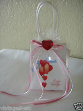 """New My Valentine Music Box Gift Bag - Plays """"My Heart Will Go On"""" from Titantic!"""