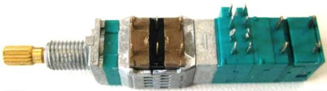 BLAUPUNKT AUTORADIO Multifunktionsschalter Ersatzteil 8941460051 Sparepart