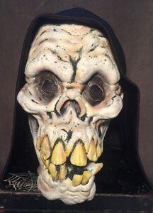 2003-The-Paper-Magic-Group-Halloween-Hooded-Skull-Mask-Grim-Reaper-Prop