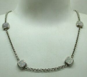 Lovely-Silver-And-Opalite-Necklace