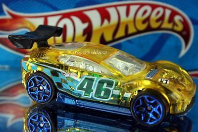 2014 Hot Wheels HW Race Super Loop Chase Race Exclusive Synkro blue wheels