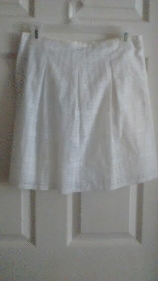 Vince White Skirt Size 2